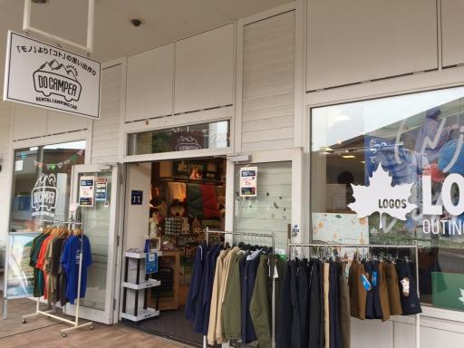 レラのDO CAMPER(店舗入り口)