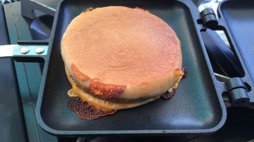 ハンバーガーホットサンド(エグチ)